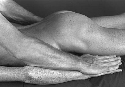 ...even in all those hard to reach spots.  Lay back and really relax in a super-discreet, safe space where your satisfaction is the priority. Spotless, sensual male massage in the heart of Center City.